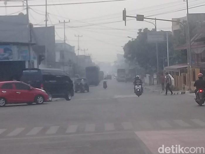 Kabut Asap di Sungai Penuh (Ferdi Almunanda/detikcom)