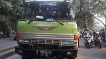 Seorang Wanita Tewas Terlindas Truk di Pondok Aren