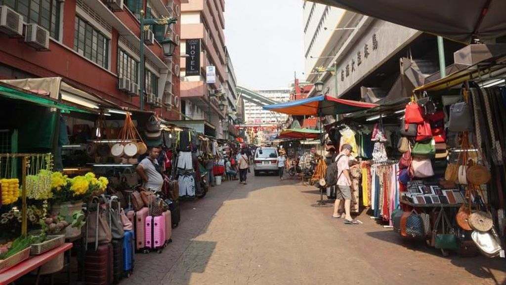 Menelusuri Chinatown di Kuala Lumpur, Ada Apa Saja Sih?