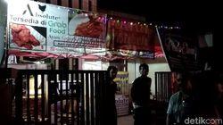 Densus Juga Geledah Kontrakan Tukang Pisang Nugget di Bandung