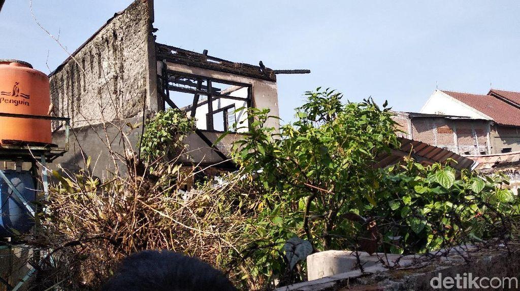 Kebakaran Rumah di Belakang SMAN 24 Bandung, Pemilik Rugi Rp 1,5 M