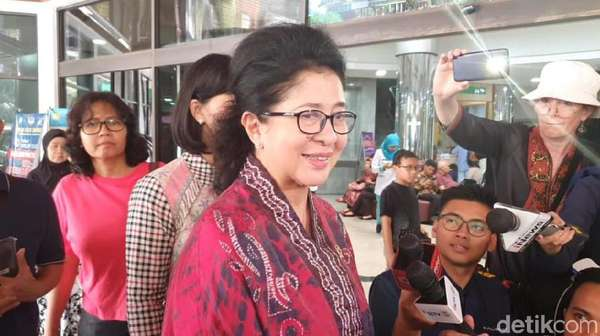 Terkejutnya Menkes Dijemput-Dikawal Ratusan Polisi Pasca Penusukan Wiranto