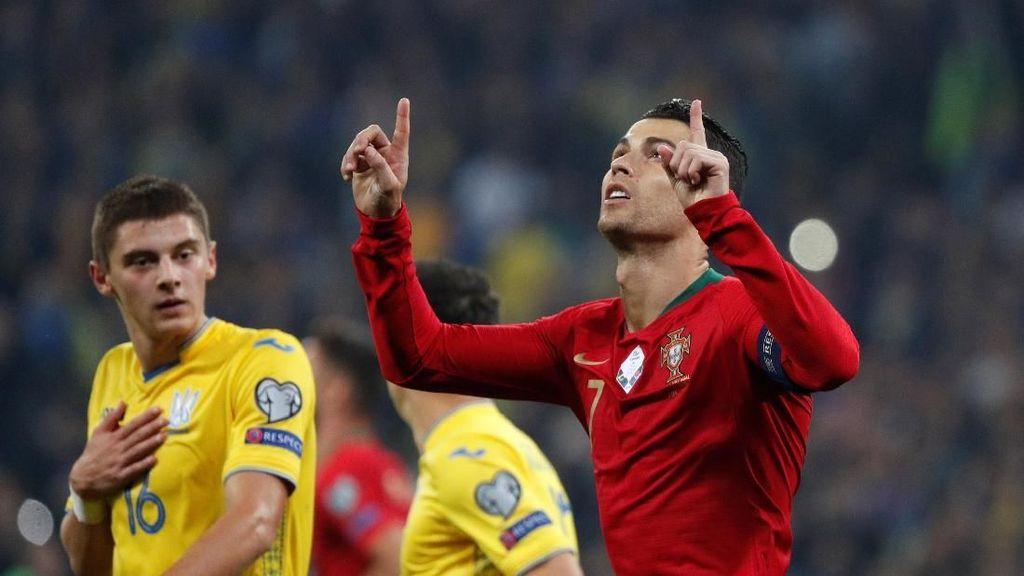 Ronaldo Tak Pernah Mengejar, tapi Selalu Dikejar Rekor