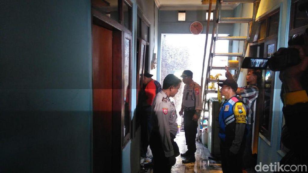 Suami yang Bakar Istri di Surabaya Kabur Bawa Motor Penjaga Kos