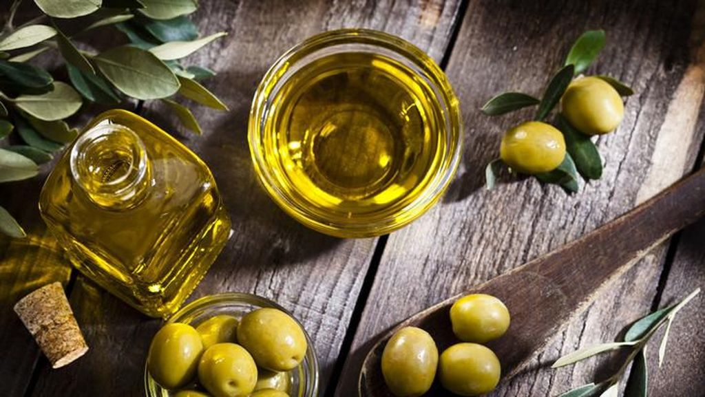 9 Manfaat Minyak Zaitun, Bikin Awet Muda hingga Jantung Sehat