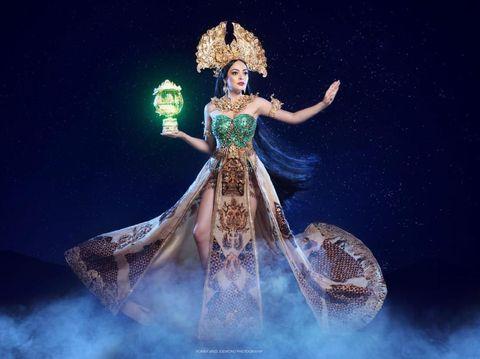 Putri Indonesia Lingkungan 2019, Jolene Marie jadi Dewi Rengganis untuk kostum nasional di Miss International 2019.