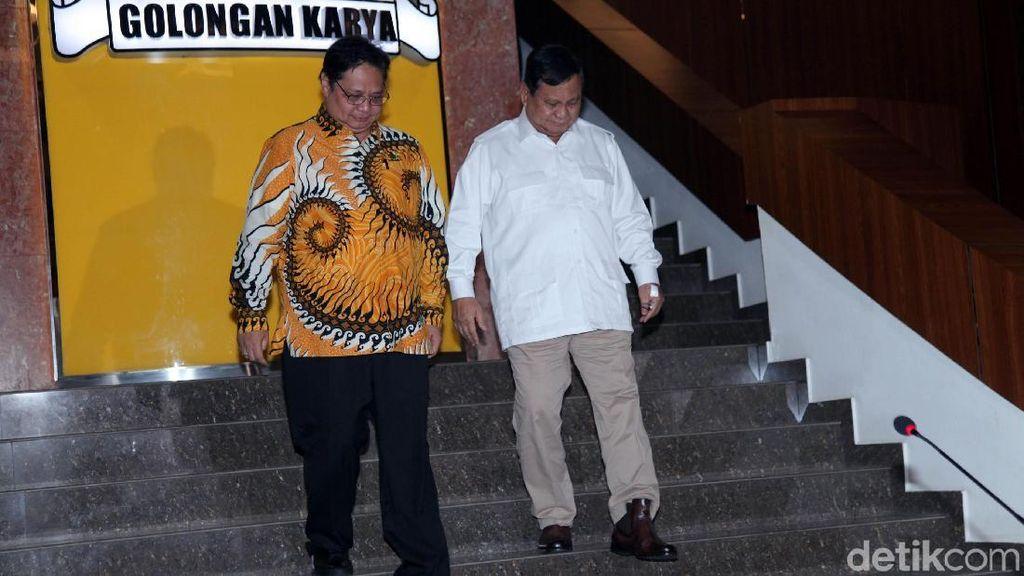 Momen Prabowo Kembali ke Golkar