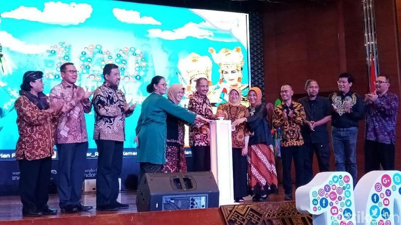 Menpar Arief Yahya saat launching 100 NCoE 2020 di Kemenpar (Intan/detikcom)