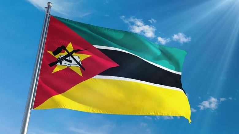 Bendera Mozambik (iStock)