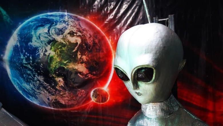 Ilustrasi Alien (CNN Travel)
