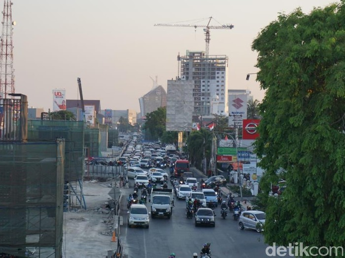 ILUSTRASI/ Jalan  AP Pettarani Kota Makassar Sulsel