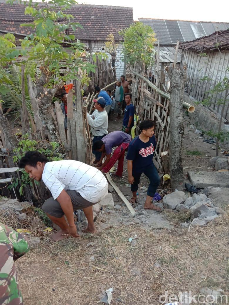Diduga Gegara Beda Pilihan Kades, Akses Rumah Warga Diblokir