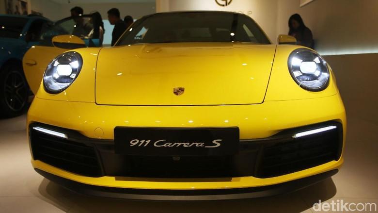 Porshe 911 Carrera S tipe 992 Foto: Agung Pambudhy