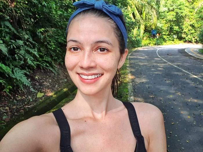 Juria adalah seorang model dan pemain film. Ia membintangi film Shadowplay yang tayang tahun ini. Foto: Instagram milkshakesspeare