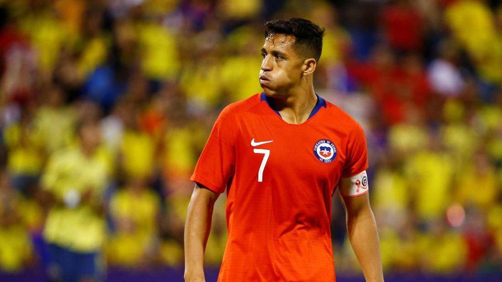 Cedera Engkel, Sanchez Mungkin Absen 2-3 Bulan