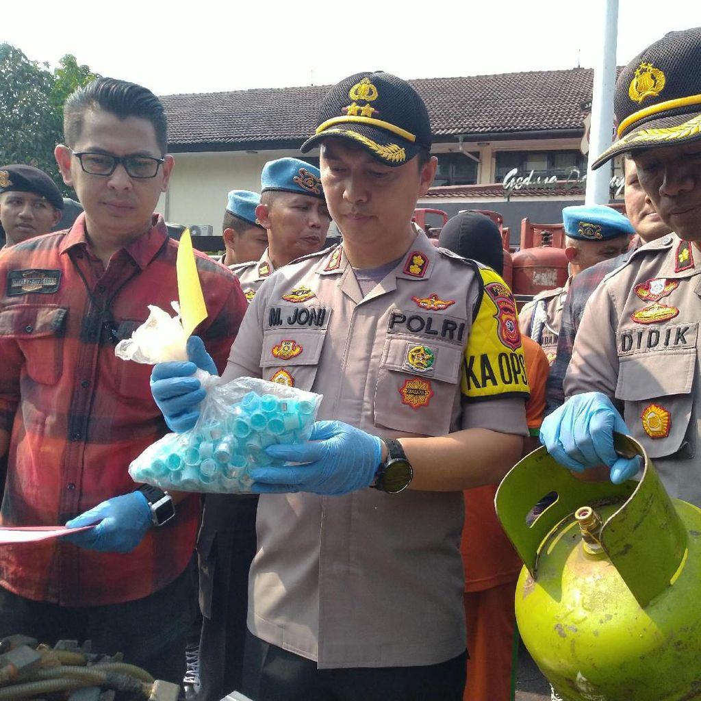 Polisi Tangkap Pengoplos Gas Elpiji 3 Kg di Kabupaten Bogor