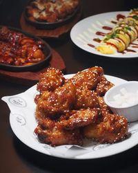 Gurih Pedas Ayam Goreng Korea Ada di 5 Tempat Ini