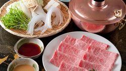 Resto Shabu-shabu Berusia 100 Tahun Hingga Anak-anak India Makan Nasi Kuah Kunyit