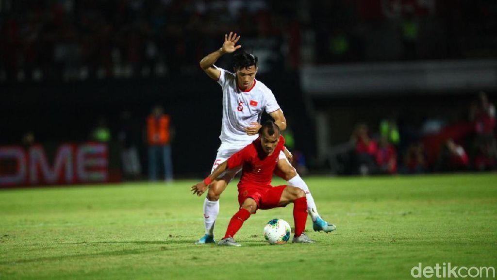 Timnas Indonesia Tertinggal dari Vietnam, Netizen Gusar