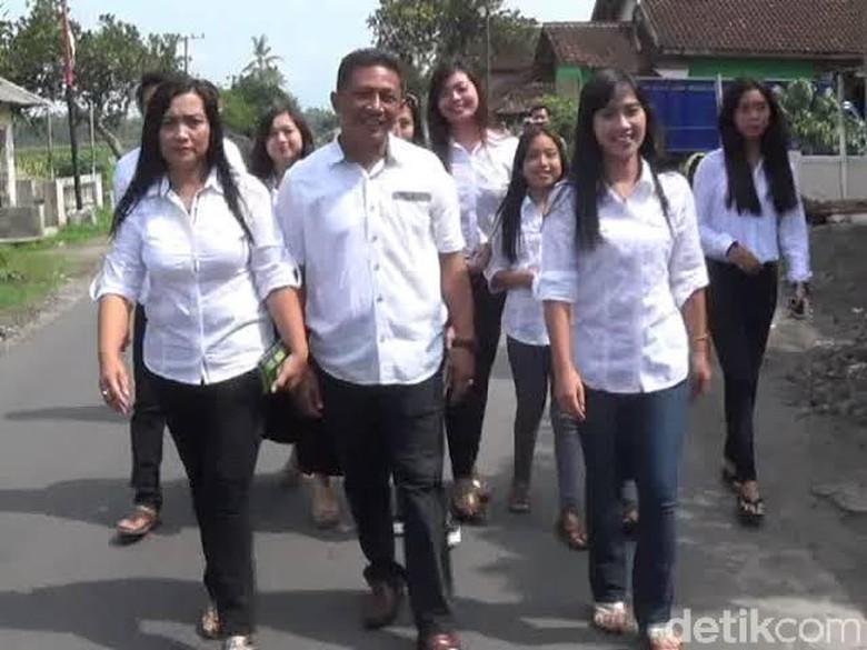 Dua Istri Wabup Blitar Bertarung di Pilkades Serentak