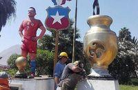 Patung Siapa Lebih Keren: Zlatan, Luis Suarez atau CR7?