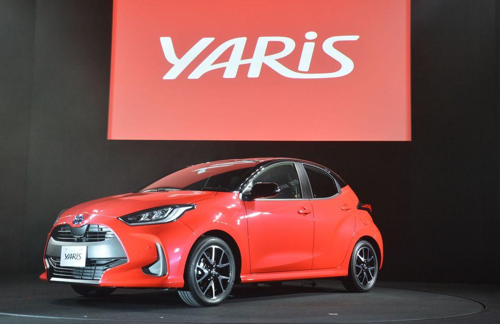 Setelah foto-fotonya bocor, Toyota Yaris terbaru akhirnya meluncur. Perubahan Yaris kini meliputi eksterior, kenyamanan, handling sampai fitur keselamatannya.