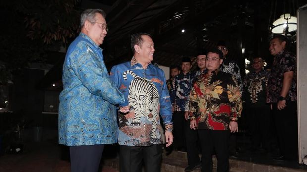 Bawa Undangan Pelantikan ke Cikeas, Bamsoet Sebut SBY Hadir