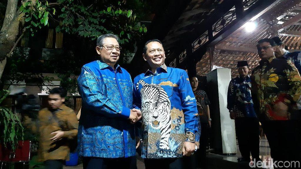Pimpinan MPR Antar Undangan Pelantikan Jokowi ke SBY