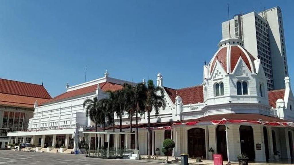 Gedung di Surabaya Ini Dulunya Tempat Dansa Dansi Meneer & Mevrouw