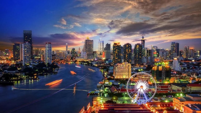 Pemandangan kota Bangkok yang punya nama asli panjang sekali. (Foto: thitivong/iStock)