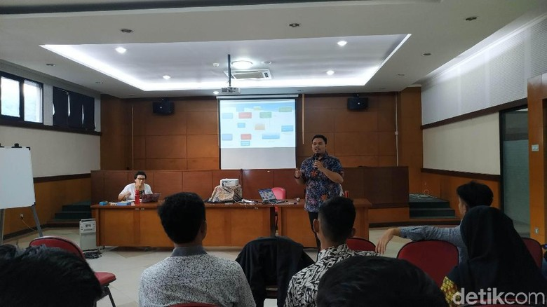 Guru Besar Hukum Unpad:Larangan Demonstrasi Mahasiswa Kemunduran Demokrasi!