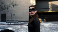 Pengakuan Anne Hathaway Dilarang Duduk di Syuting Film Nolan