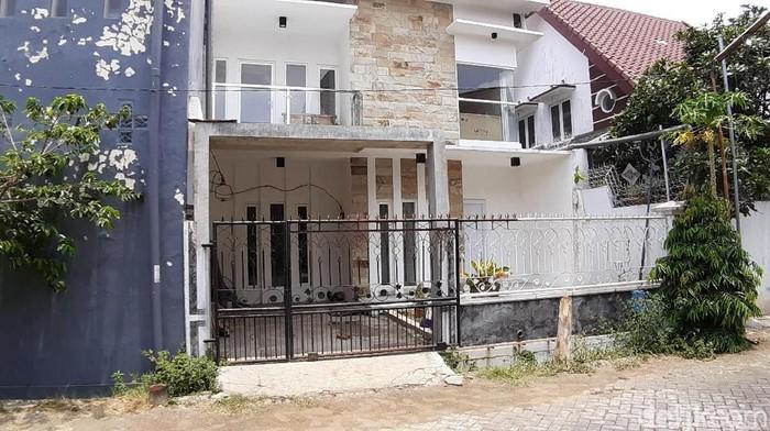 Rumah yang ditempati terduga teroris di Malang (Foto: Muhammad Aminudin)