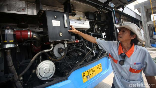 Perawatan Bus ZhongTong Lewat APM
