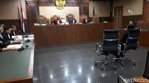 Jaksa KPK Tuntut Perantara Suap Bowo Sidik 4 Tahun Penjara