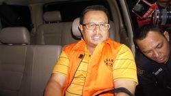Ditahan KPK, Bupati Supendi Minta Maaf ke Warga Indramayu