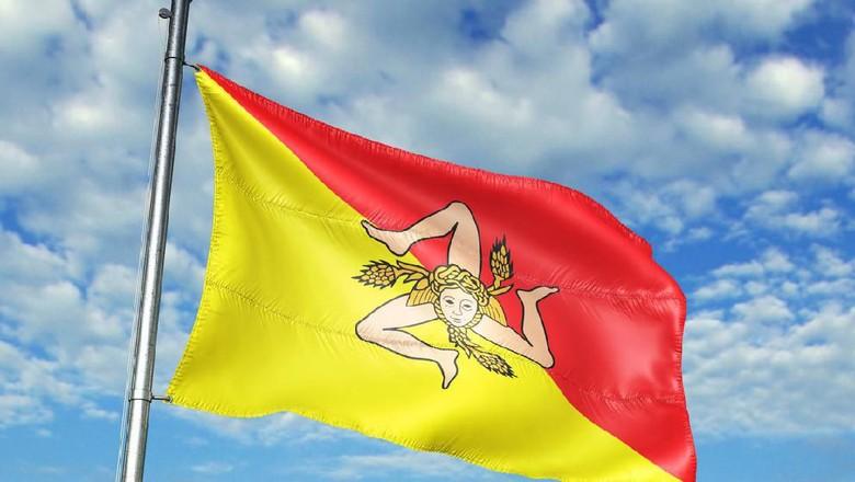Bendera di Pulau Sisilia (iStock)
