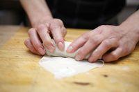 Resep martabak telur kulit lumpia.