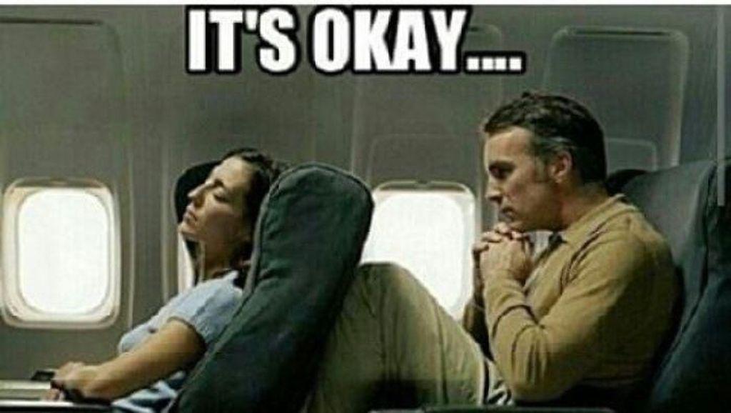 Ragam Meme Receh Naik Pesawat, Traveler Pasti Paham