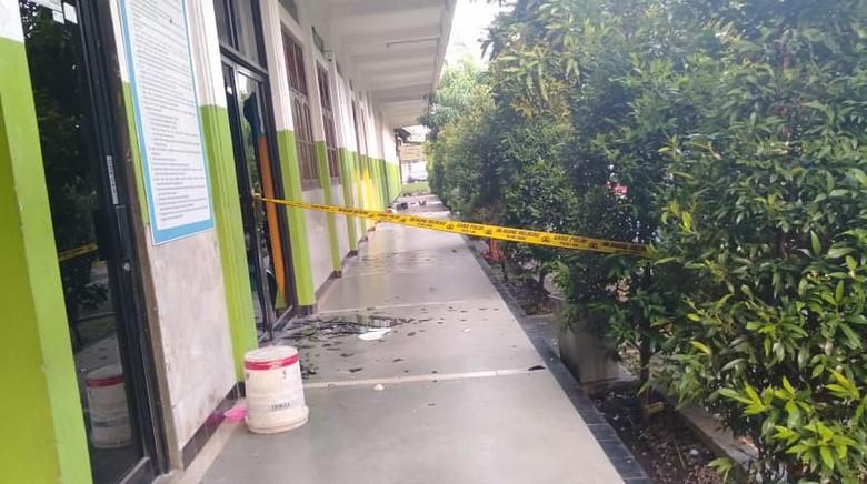 SMK Izzata Depok Diserang Kelompok Bersenjata, 4 Ruang Kelas Rusak