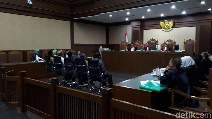 Sidang lanjutan terdakwa Romahurmuziy di Pengadilan Tipikor, Rabu (16/10/2019) Foto: Faiq Hidayat-detikcom