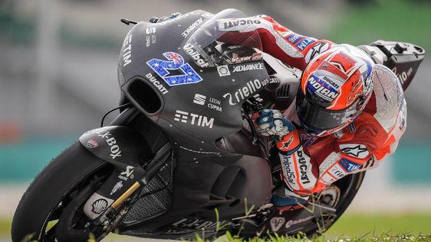 Casey Stoner jadi pebalap tes setelah pensiun dari MotoGP.