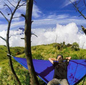 Hobi Traveling, Pemuda Bandung Ini Sukses Berbisnis Alat Outdoor