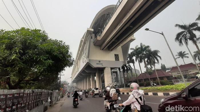 Foto: Kabut asap di Palembang pada Rabu (16/10/2019) (Raja Adil Siregar/detikcom)