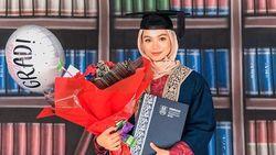 Viral, Kisah Inspiratif Perjuangan Wanita Pengidap Kanker Demi Lulus Kuliah