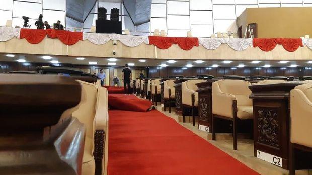 Jelang Pelantikan Jokowi-Ma'ruf, Gedung MPR/DPR Mulai Bebenah
