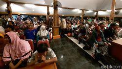 135 Warga Probolinggo Asal Wamena Menangis Bisa Pulang Kampung