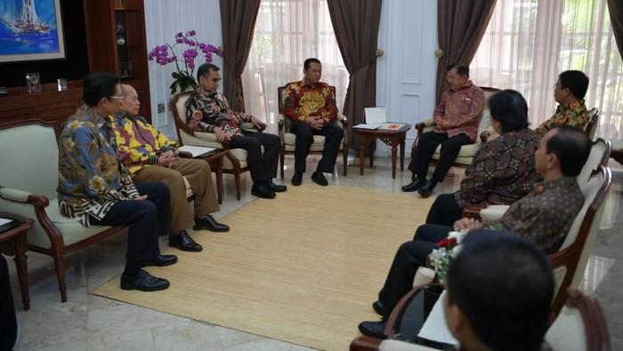 Foto: Ketua MPR Bambang Soesatyo (Bamsoet) mengaku diberi pesan oleh JK untuk menjaga hubungan antar lembaga tinggi negara.Dok: Biro Setwapres