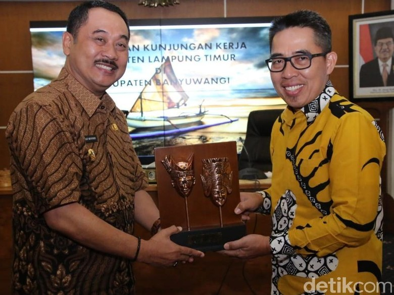 Bupati Lampung Timur Studi Penanggulangan Kemiskinan ke Banyuwangi