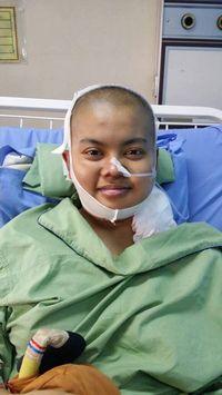 Perjuangan Aida yang mengidap kanker demi bisa lulus kuliah ini viral